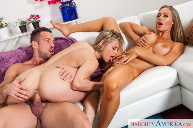 Nicole Aniston 1